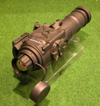 Wärmebild Vorsatzgerät Eurohunt Nightspotter T25 mit BKA Bescheid Wärmebilgerät Thermal Vision